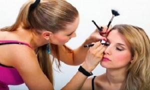 Makeup-1-300x200