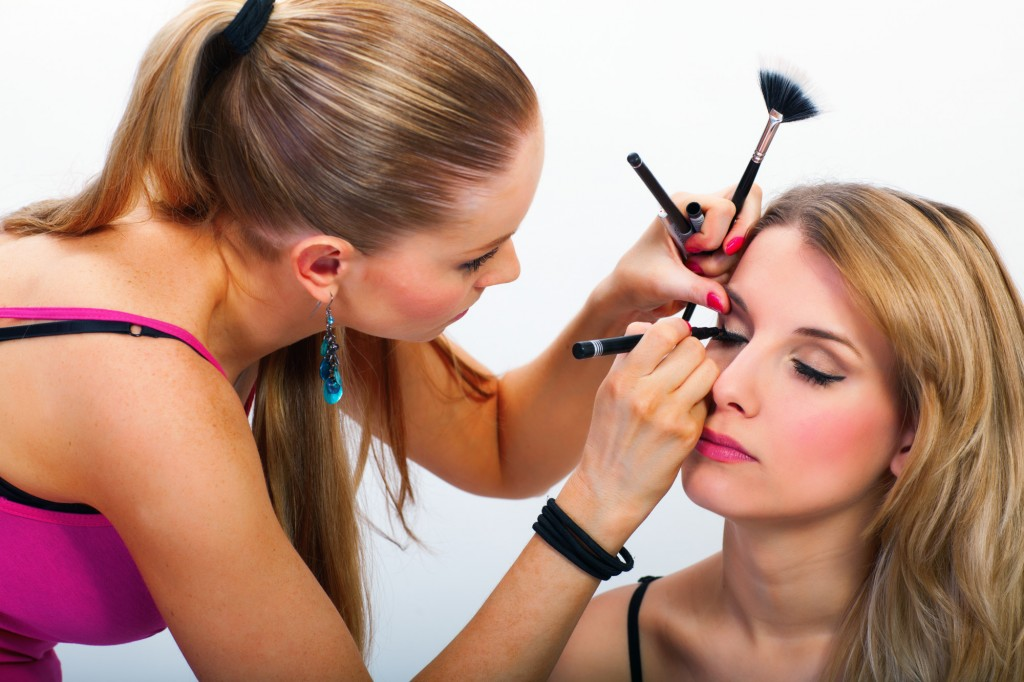 Makeup Artists and Beautician tax